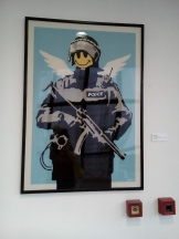 Bansky, Flying copper, 2003
